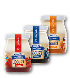 Jihočeský jogurt 2,5% ve skle jahoda, borůvka, meruňka